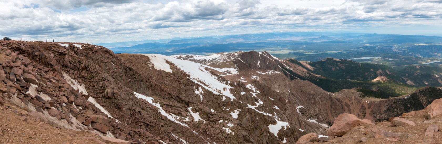 panoramic photo from the summit of Pikes Peak