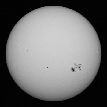 photo of a massive sunspot in October 2014